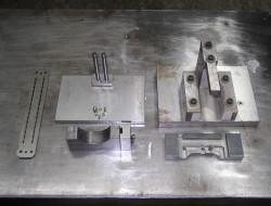様々な加工冶具の一例。